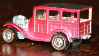 RARE PINK HOTWHEELS REDLINE CLASSIC 31 FORD WOODY CHAMPAGNE INTERIOR