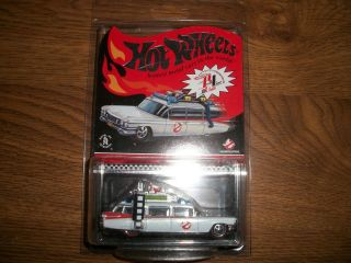 Hot Wheels Red Line Club Ghostbusters Ecto 1 Diecast, new in Package