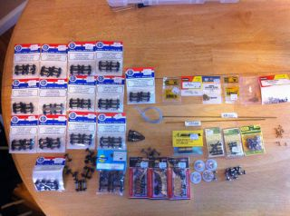 New and used HO Trains Lot of Misc. Parts / Wheels LQQK!!!!!