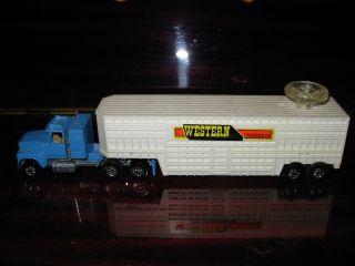 Hotwheels Steering Rigs Truck Co Ford LTL Cattle Trailer