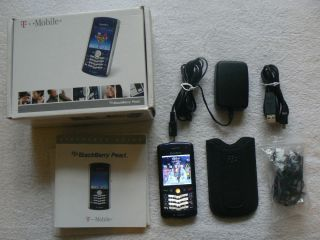 BlackBerry Pearl 8100   Navy Blue Cell Phone with Sleeve Case & Stereo