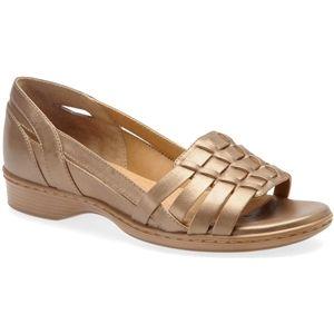 Softspots Womens Hugh Gold Blush Sandals   7325992